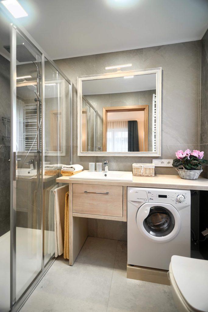 Apartament Andante łazienka z pełnym wyposażeniem