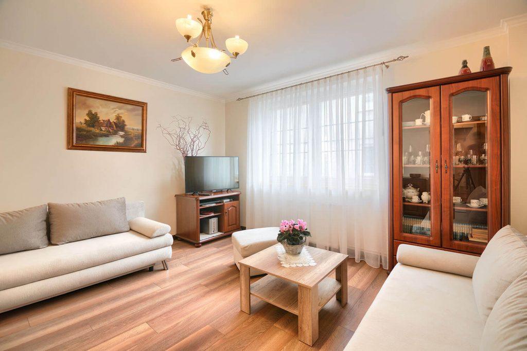 Apartament Alfa pokój wypoczynkowy